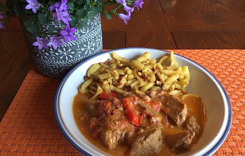 Ragoût de veau à la hongroise