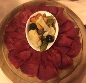 Assiette de viande séchée