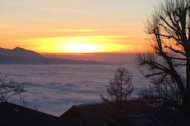 « Lac » de nuages sur Léman