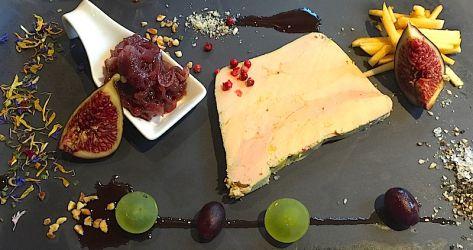 Terrine de foie gras, chutney oignon rouge et figue
