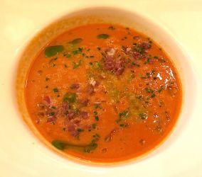 Gazpacho, huile de basilic