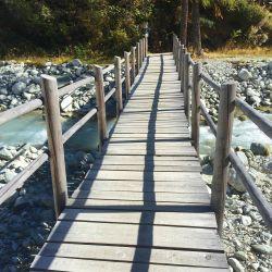 Le pont de la rivière Navizence