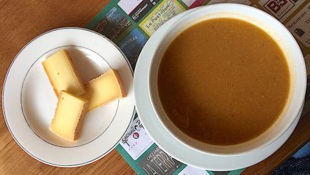 Soupe aux légumes et fromage d'alpage