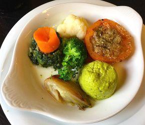 Belle assiette de légumes
